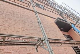 外壁下地処理工事(鉄筋爆裂補修・タイル補修・浮き注入・高圧水洗浄)