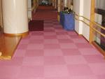 階段床タイルカーペットの張り替え工事